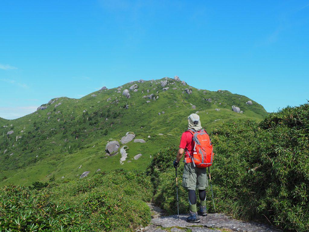 宮之浦岳山頂までもう少し